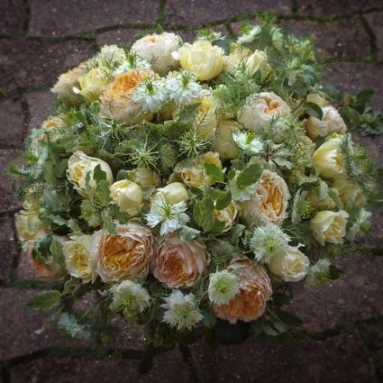 Composition floral pour deuil